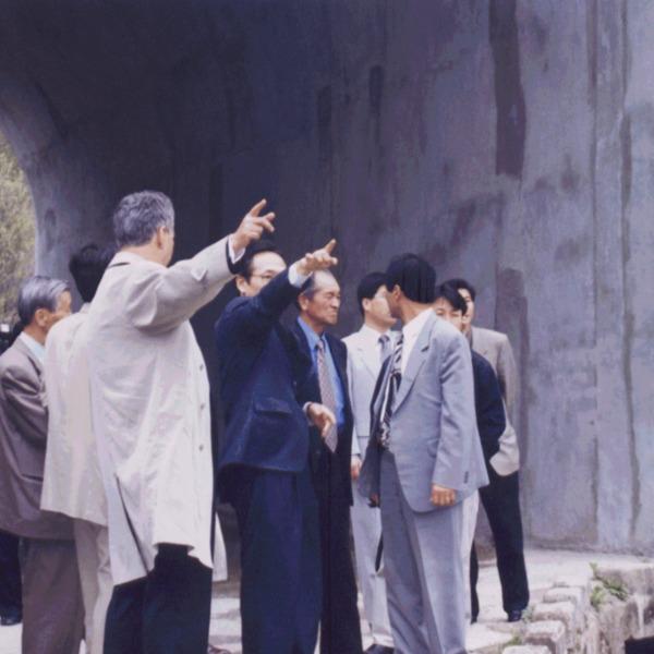 노근리사건 수임변호사 피해자 간담회 및 노근리 사건현장 방문(2000. 4.27)